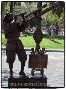 Stāsts par ielu māksliniekiem būs atsevišķi. Bet tikmēr Galileo Galilejs... ;)